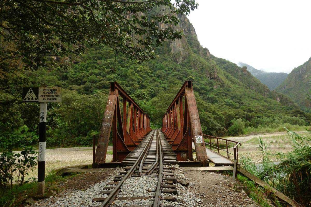 Choquequirao to Machu Picchu Trek 9 Days   Choquequirao Trail (9)
