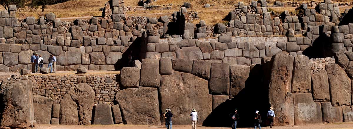 How many days to spend in Cusco and Machu Picchu?