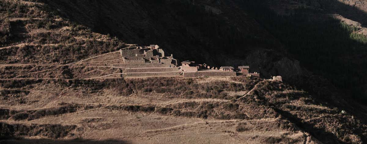 How many days to spend in Sacred Valley?