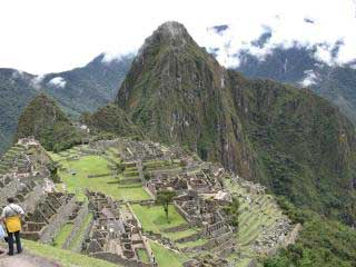 Machu Picchu Overnight 2 Days